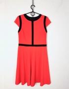 Dorothy Perkins Pomarańczowa sukienka czarne elementy wstawki...