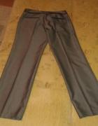 Spodnie materiałowe szare w bardzo dobrym stanie...
