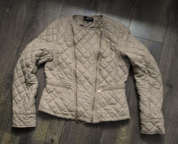 Oryginalna kurtka beżowa 42