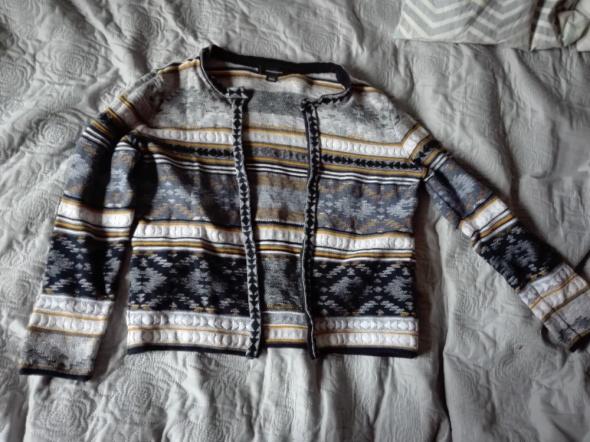 Ciepły sweter...