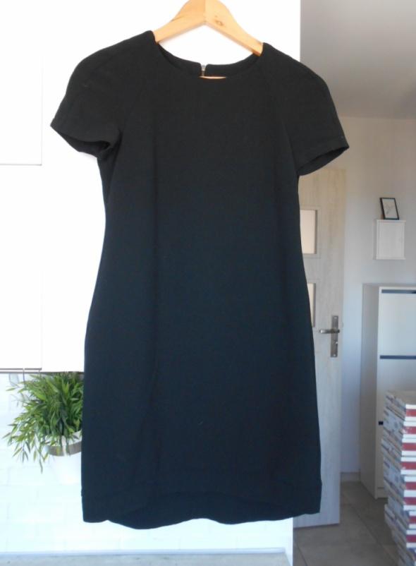 Topshop czarna sukienka klasyka minimalizm