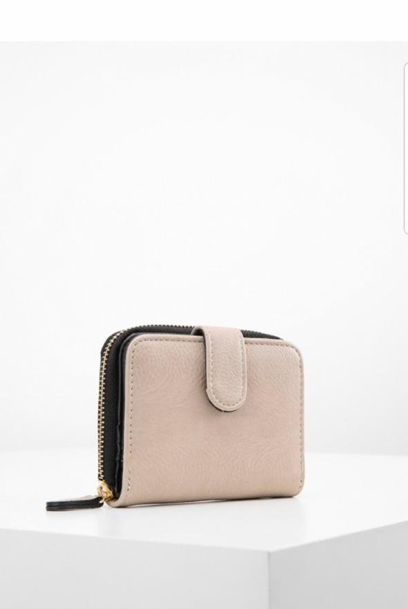 Beżowy portfel Anna Field
