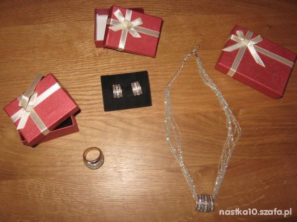 Komplet biżuterii Avon Naszyjnik kolczyki pierścio