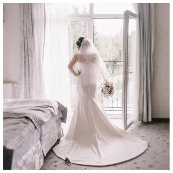 Markowa suknia ślubna i bolerko