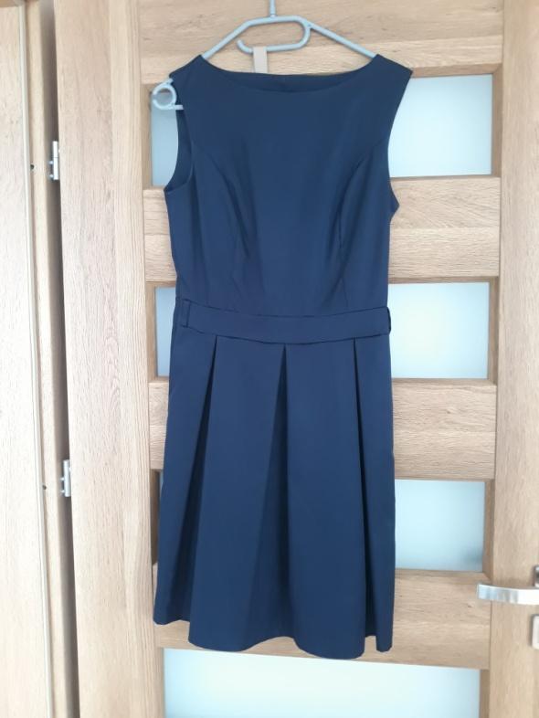 Granatowa sukienka 36