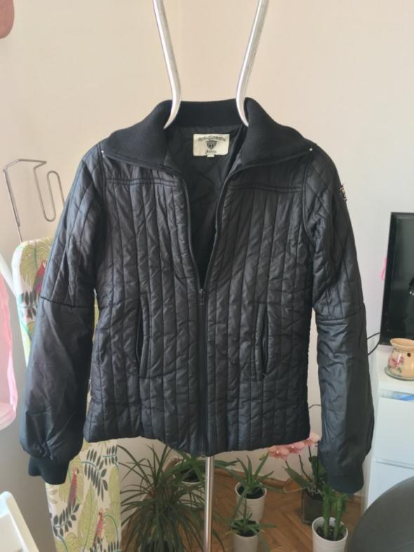 Jesienna kurtka puchowa rozmiar M