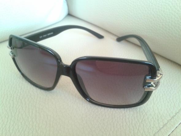 Okulary przeciwsłoneczne GRADIENT UV400 Czarne