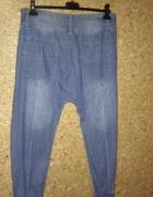 Jeansowe miękkie spodnie chinosy 44...