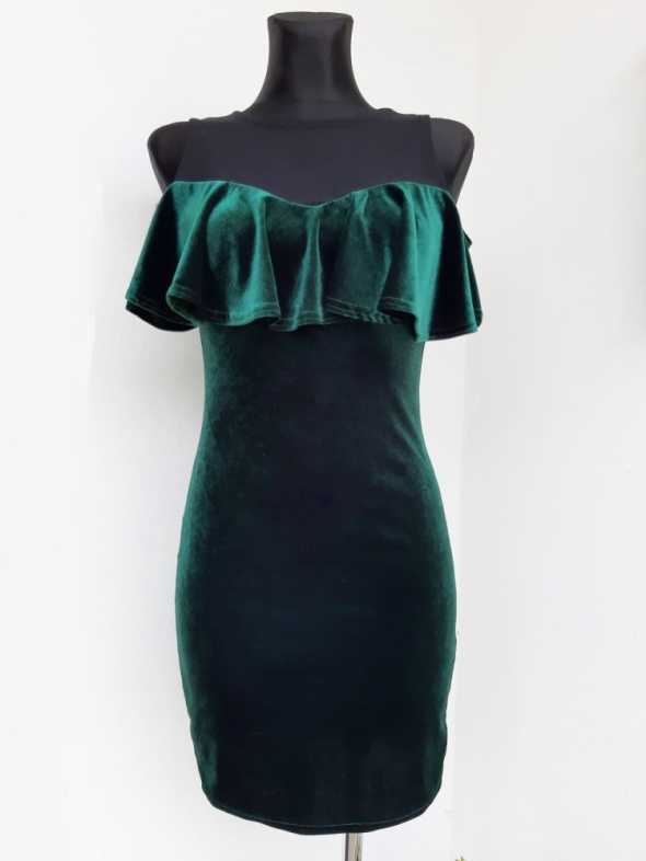Sukienka off shoulder hiszpanka QUIZ butelkowa zieleń XS S welur