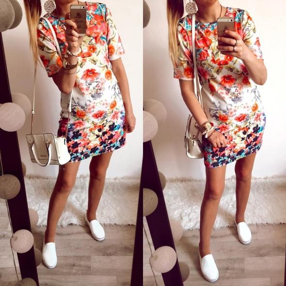 Sukienka Damska w kwiaty Primark rozmiar S