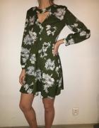 Dziewczęca sukienka projektu Lany Nguyen