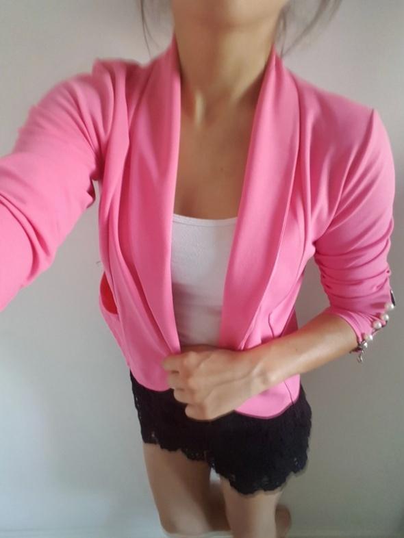 NOWY różowy żakiet marynarka narzutka kieszonki perły...