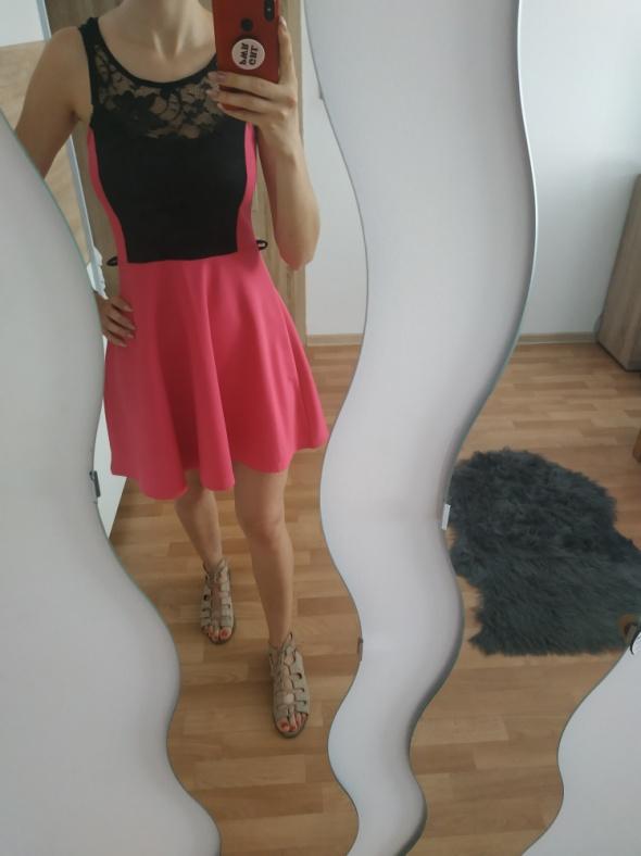 Sukienka fuksja