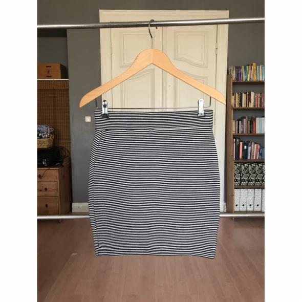 Spódnica czarno białe paski mini elastyczna 36 S w Spódnice