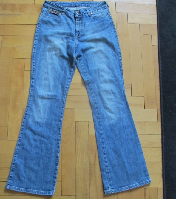 Wrangler Regular Body Flare spodnie W31 L 32...