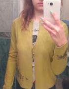 Sweterek oliwkowy 38 wiązany sznureczki...