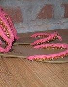 sandały z lańcuchami złotymi 39