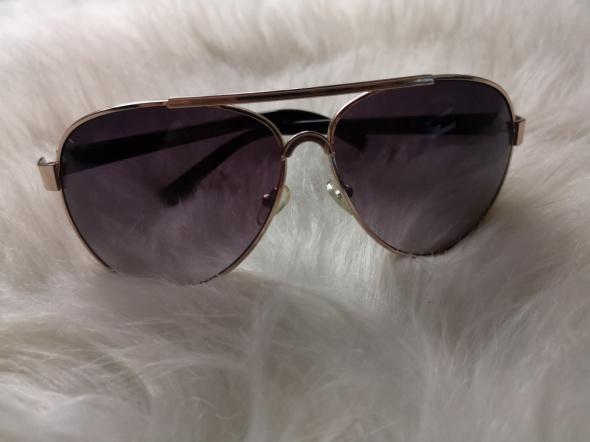 okulary przeciwsłoneczne Mohito...