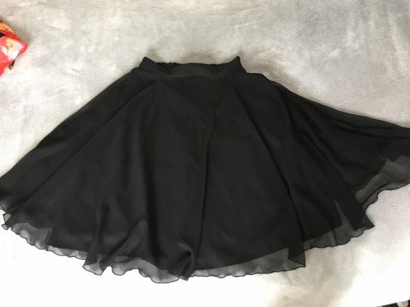Czarna rozkloszowana spódniczka Kay Marrie rozm XL