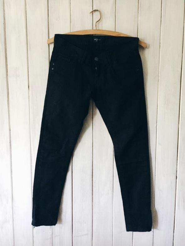 Spodnie czarne rurki skinny z kieszeniami
