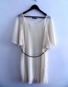 Plisowana sukienka nude Atmosphere