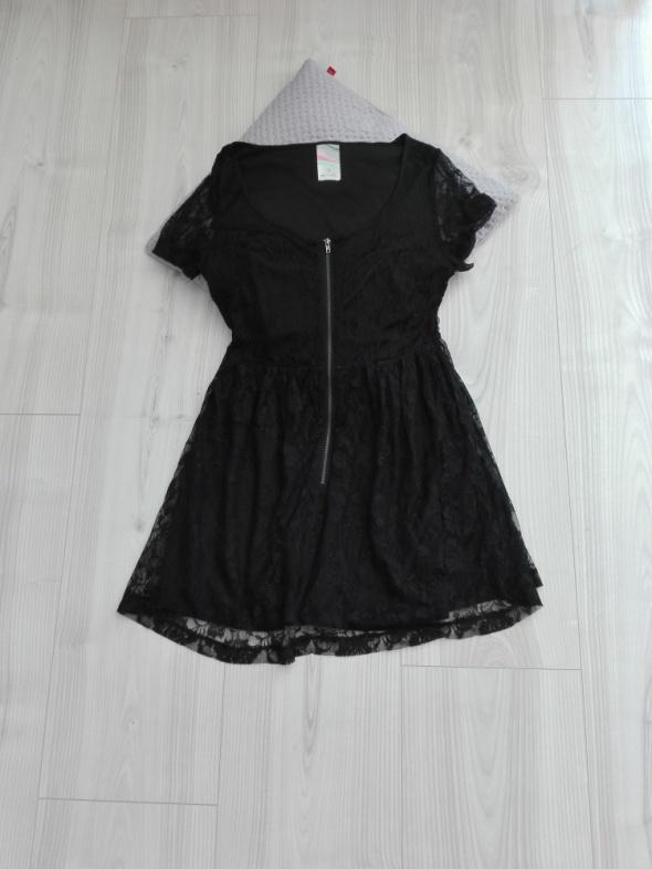 Koronkowa czarna sukienka S...