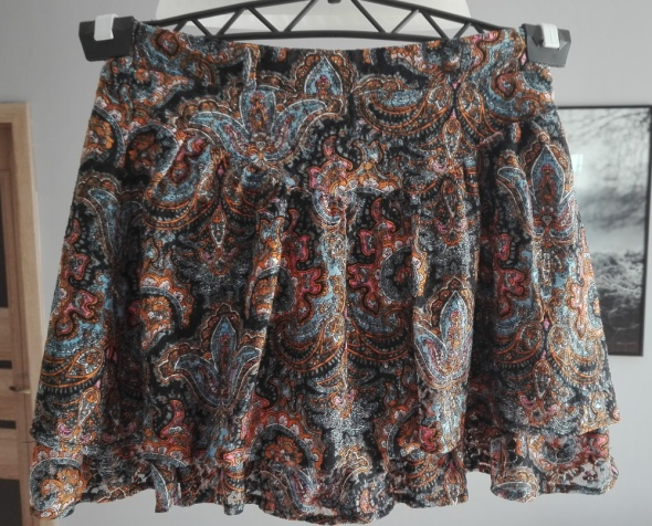 Mini spódnica STRADIVARIUS