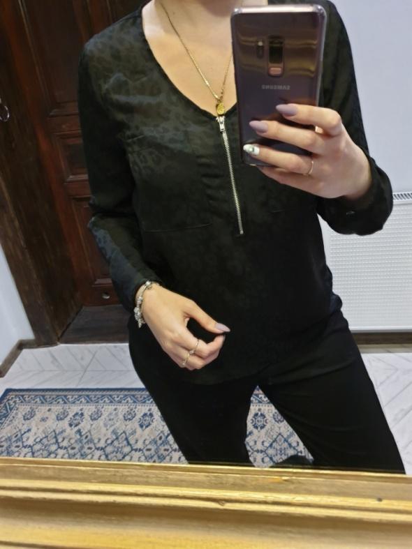 Cubus czarna bluzka z zamkiem i kieszonkami r 40
