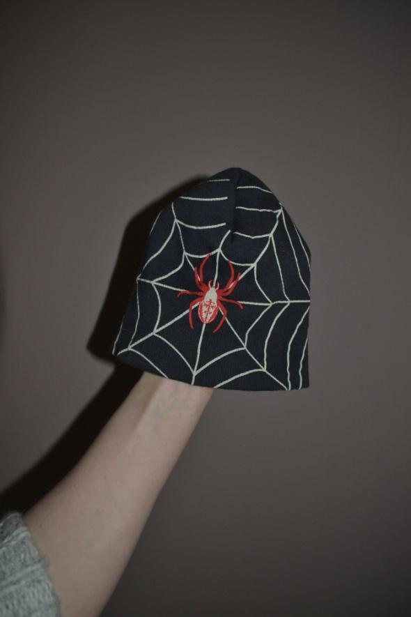 Szara SpiderMan czapka 2 3 lata