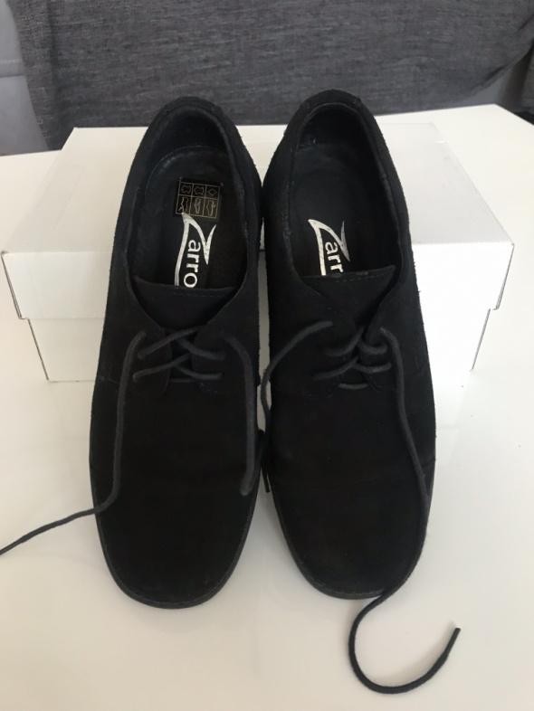 Pantofle chłopięce rozmiar 33