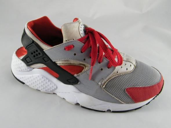 Nike Huarache Run...