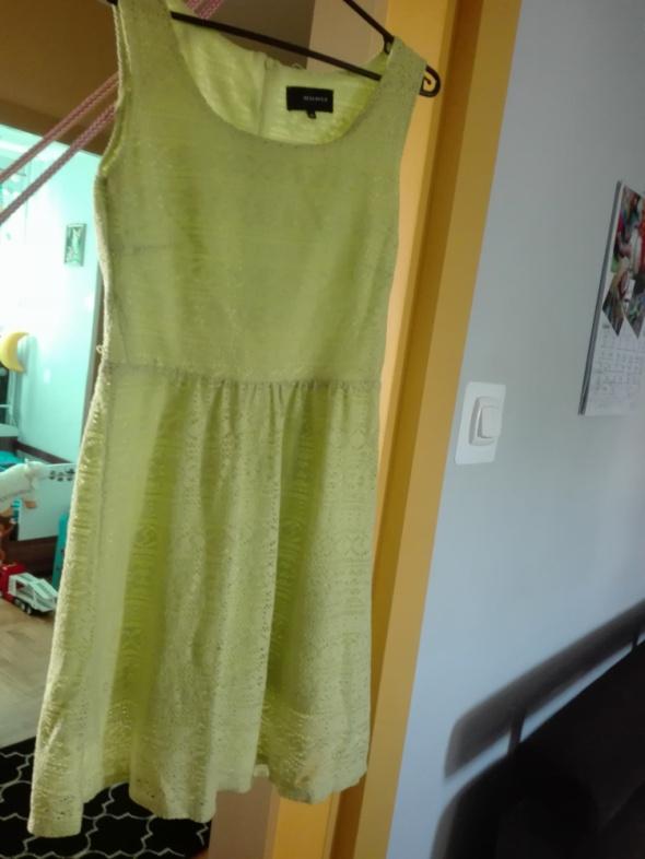 Koronkowa sukienka Reserved...