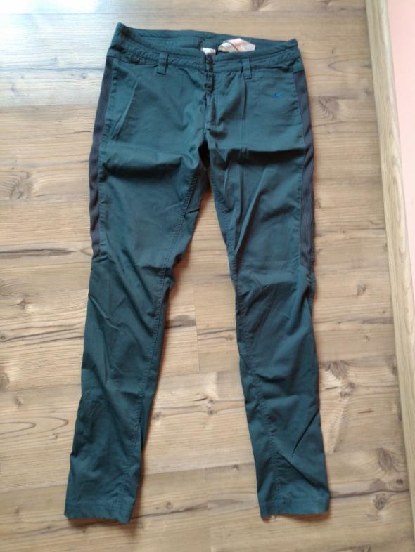 Nike Fit świetne zielone spodnie M L
