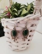 Piękne stare kolczyki filigrany z zielonym kamieniem...