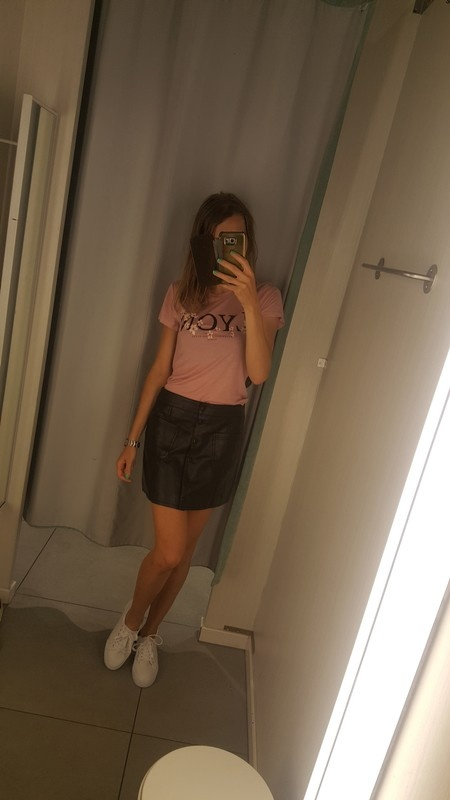 Nowa czarna skorzana spodnica h&m s