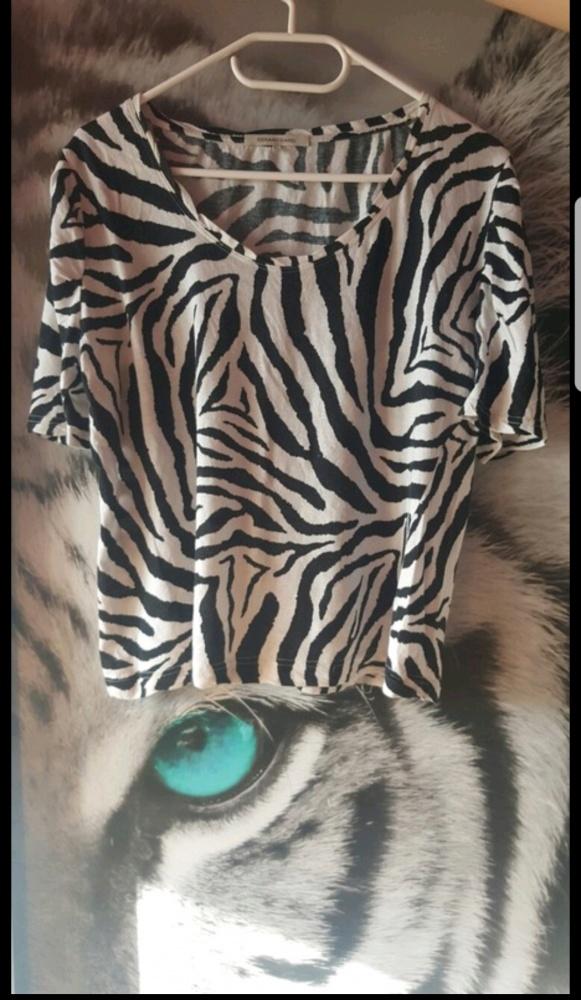 Lekka bluzeczka zebra