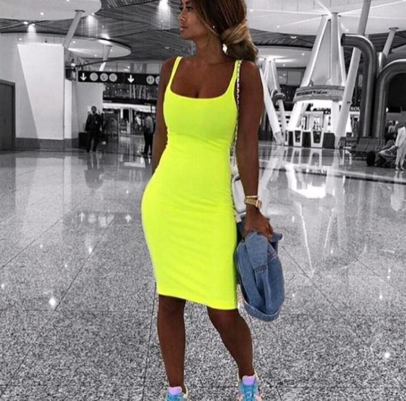 Zara 36 S neonowa sukienka lato blog