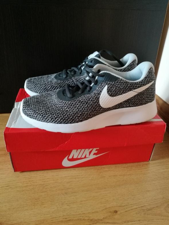 Sportowe Buty Nike Tanjun