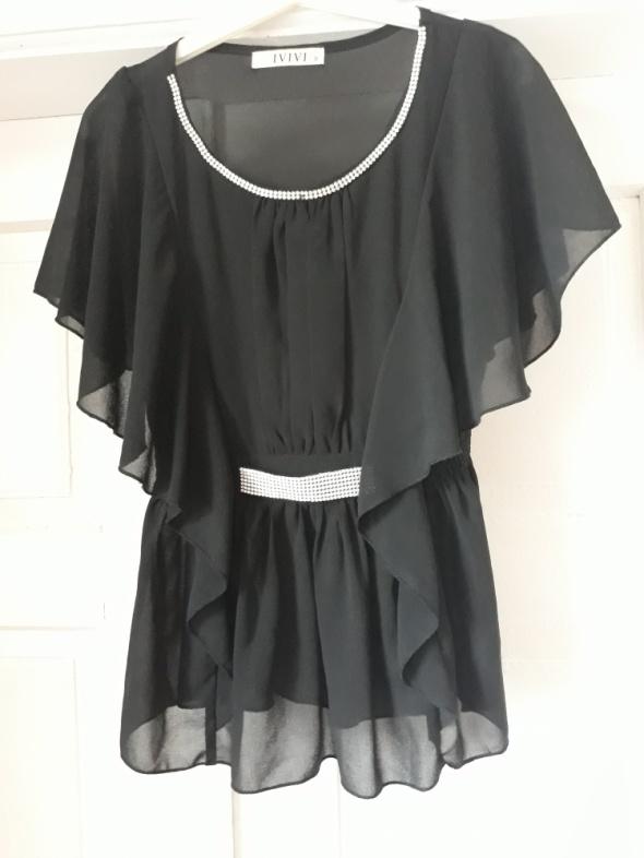 Czarna zwiewna bluzka
