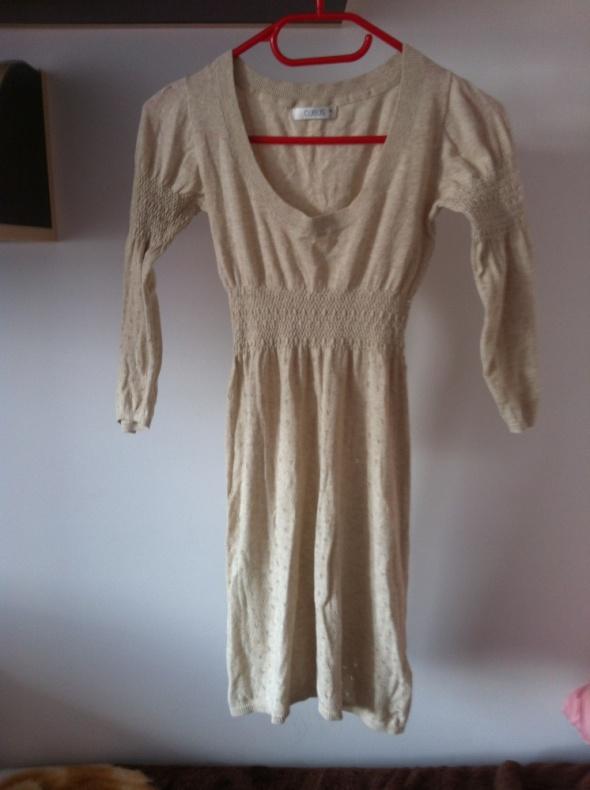 Dzianinowa sukienka beżowa kakaowa XS S M