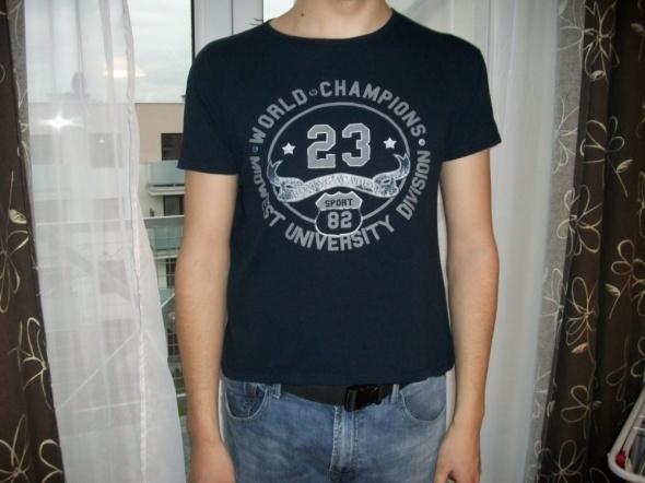 Tshirt granatowy XL modny napisy