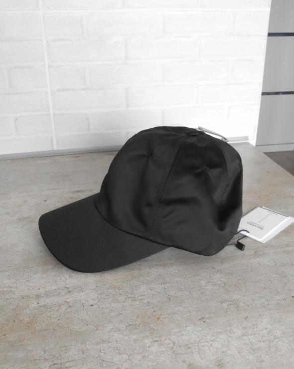 Bershka nowa czapka z daszkiem satynowa czarna
