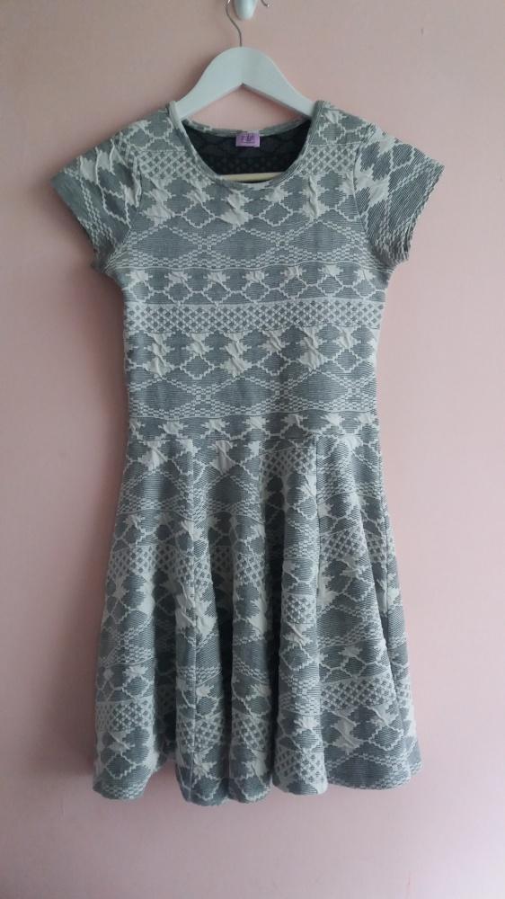 Suknie i sukienki Szara sukienka z koła F&F