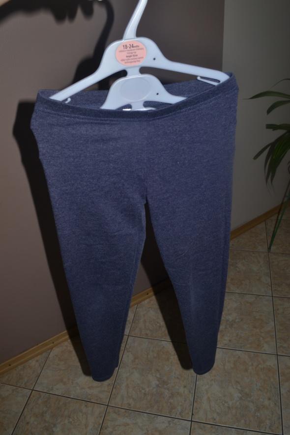 Spodnie i spodenki Leginsy F&F 8 9 lat 128cm 134cm granatowe