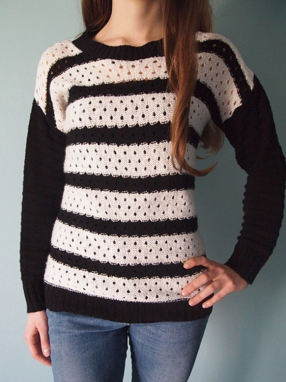 Czarny biały sweter w paski Sophie 36 S 34 XS pasy