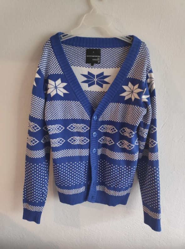 Sweter Outfitters Nation M