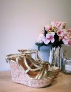 Sandały koturny H&M złote 36...