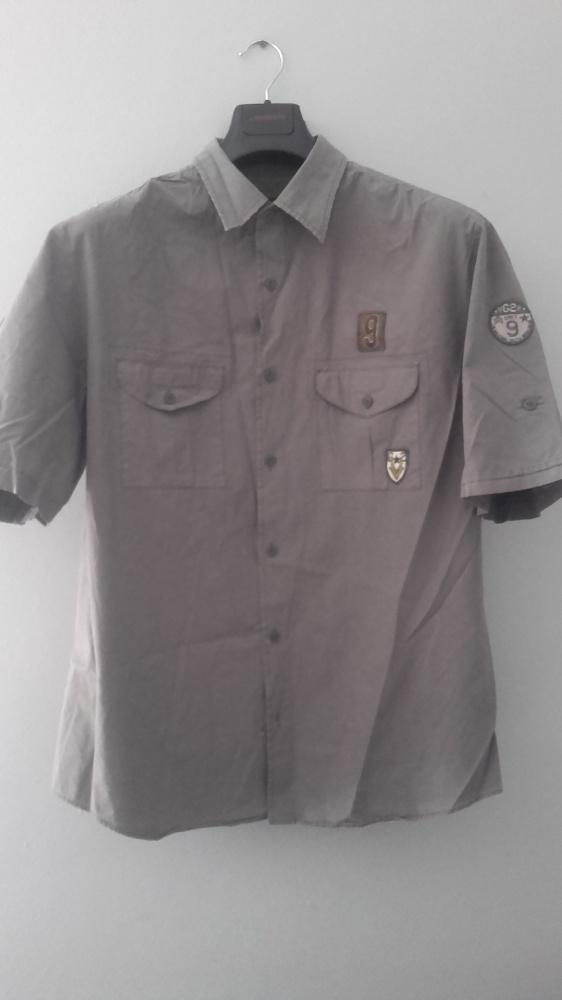 Casualowa męska koszula z krótkim rękawem stylizowana na styl wojskowy