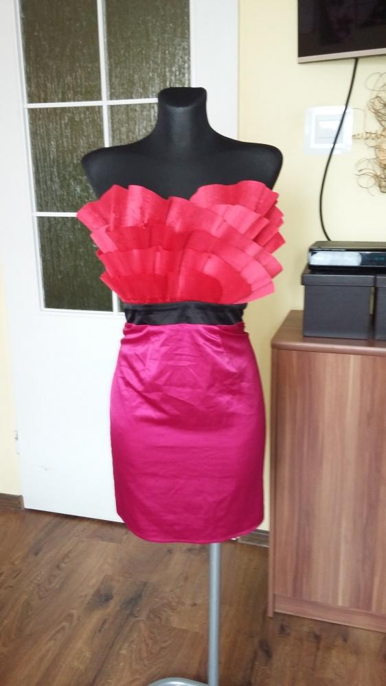 Nowa sukienka LIPSY S wyjątkowa...