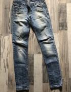 Spodnie jeansy Stradivarius rozmiar 38...